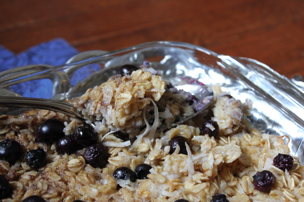 baked blueberry coconut oatmeal