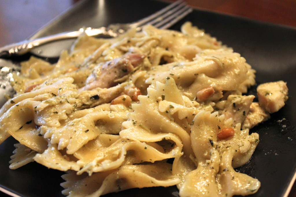 Chicken Pesto Pasta – Dallas Duo Bakes