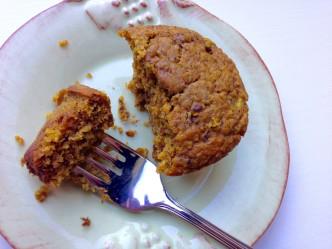 pumpkin zucchini bran muffins