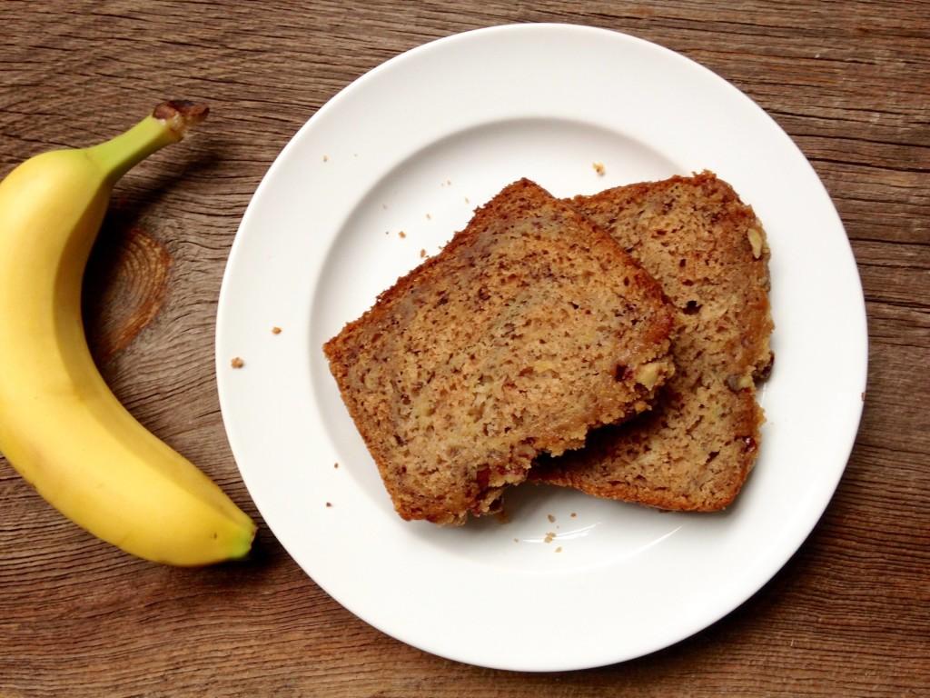 maple pecan banana bread
